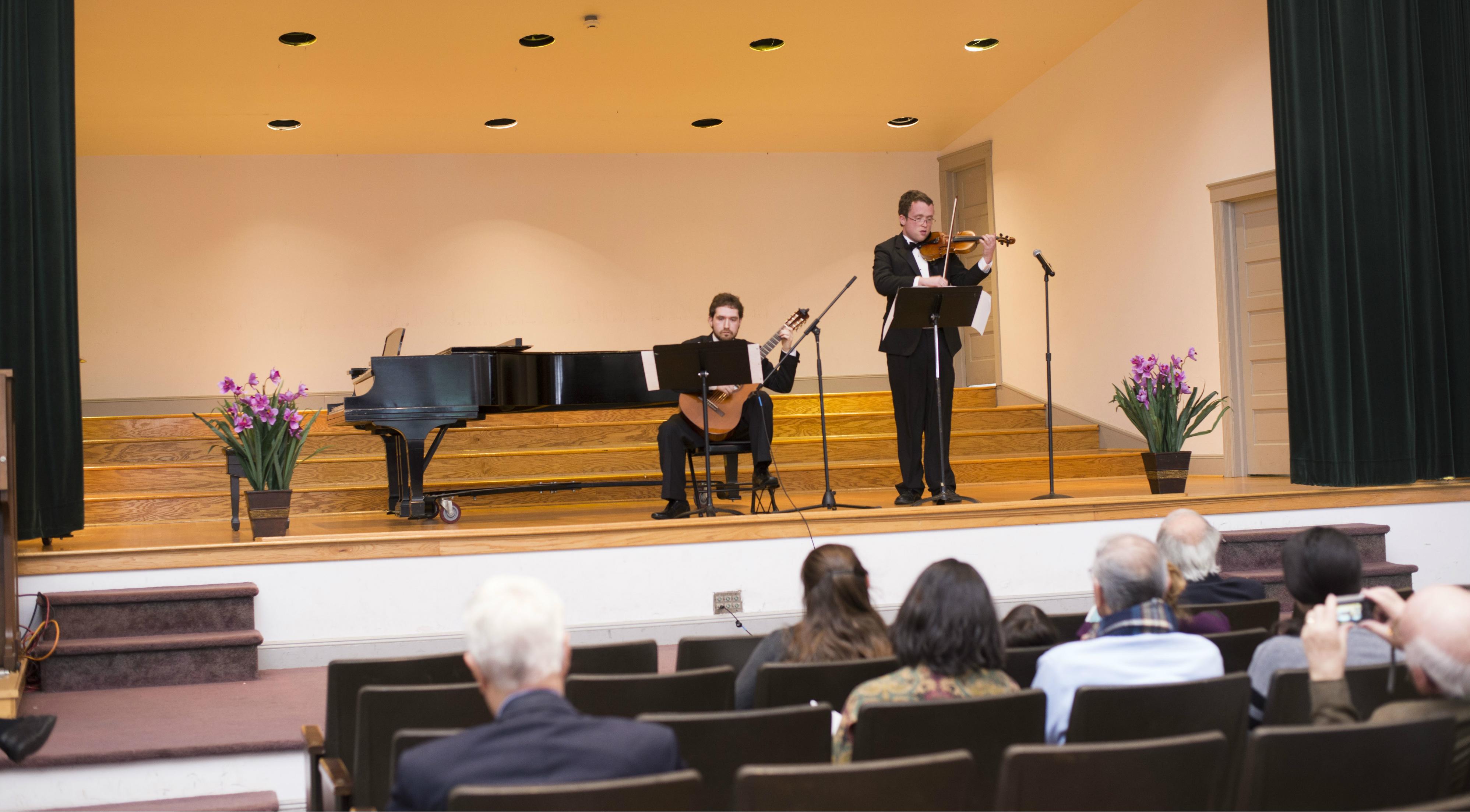 Ben Riley (guitar) and Timothy Keiderling (violin) in Concert